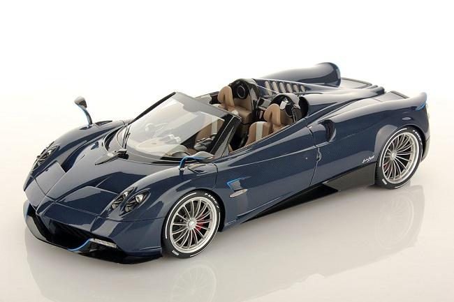 Pagani-Huayra-Roadster siêu xe đắt tiền thứ 8 thế giới