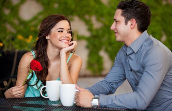 Cách tạo ấn tượng tốt với bạn trai và bạn gái lần đầu gặp mặt làm quen
