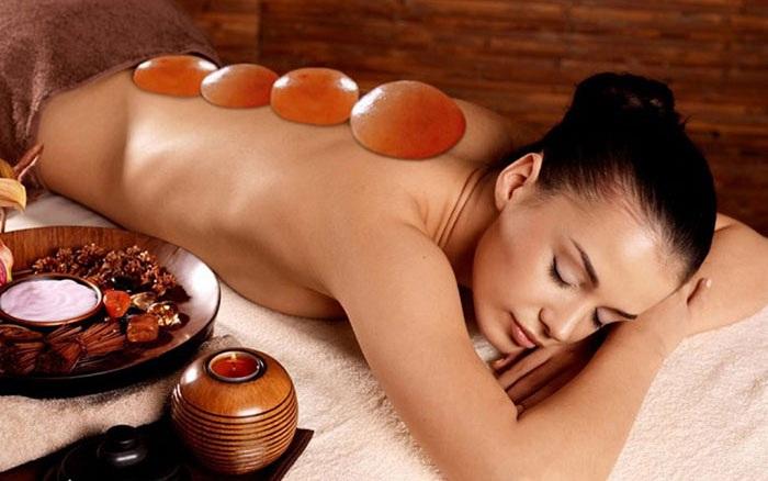 Đá muối massage body