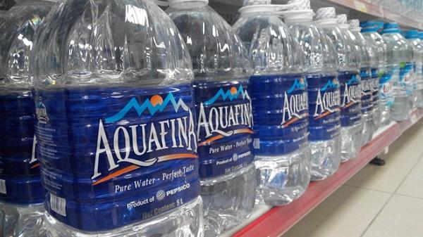 Nước khoáng Aquafina đóng bình đóng chai