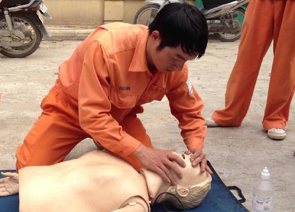 Phương pháp hô hấp nhân tạo đúng cách như thế nào?