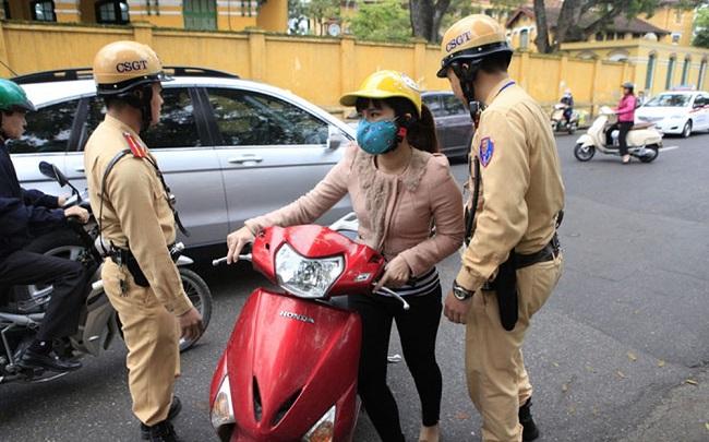 Quy định về xử phạt xe máy không gương